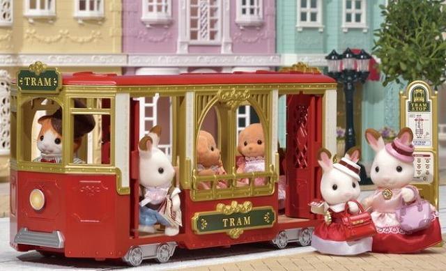 街のおしゃれなトラム